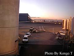2005.02.03(06:19) 羽田空港