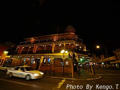 2005.08.30(19:55.3) 夜の街(西オーストラリア パース)