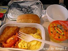 2005.08.31(07:29) 機内食(西オーストラリア パース ~ エクスマウス SKYWEST AIR 153便)