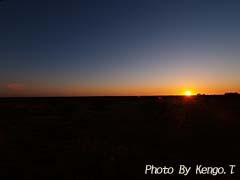 2005.09.01(06:38) 夜明け(西オーストラリア エクスマウス ポットショットホテル)